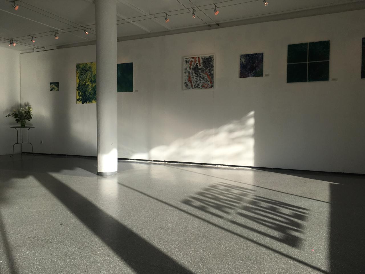 Feierwerk_Blog_Farbenladen_Ausstellung_Fliessen_lassen_Titelbild