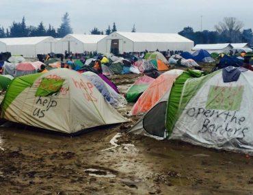 Feierwerk_Rage_Against_Abschiebung_Idomeni_Flüchtlingslager (6)