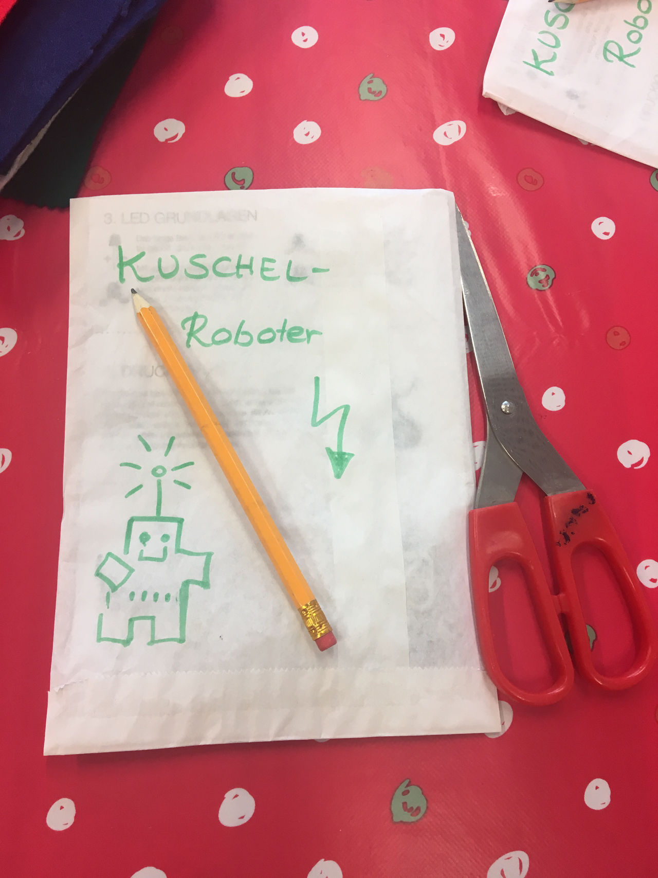 Feierwerk_Blog_Trafixx_Kinder_Kuschelroboter_nähen_Set