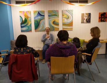 Feierwerk_Blog_Team_Feierwerk_Meditation_Nachbarschaftstreff_Meditationsrunde