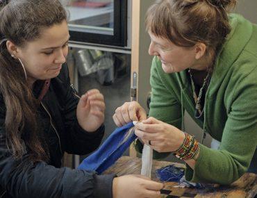 Feierwerk_Blog_Südpolstation_Schulklassenprojekt_Leute_machen_Kleider (20)