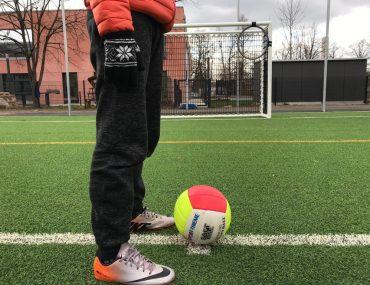 Feierwerk_Blog_Team_Feierwerk_Funkstation_Sportplatz_Kick_Off_Fußball