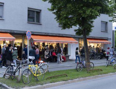 20190606_Feierwerk_Farbenladen_Ausstellung_Kunst_Fotografinnen_Vernissage 14x2m_copyright_Christin_Büttner (126)