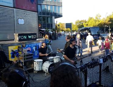 Feierwerk_Fachstelle_Pop_Reeperbahn_Festival_2019_Von Welt Straßengig