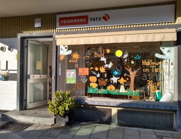 Feierwerk_Tatz_Halloween_Schaufenster (1)