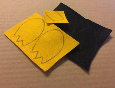 Feierwerk_Blog_Dschungelpalast_Pompon_basteln_Pinguin_Schritt 7 (2)