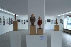 Feierwerk_Blog_Ausstellung_Die_Geschichte_der_zehn_Hände_Ljuba-Stille_Kleine-Leute_DSC_0114_von-Veronika-Spleiss.jpg
