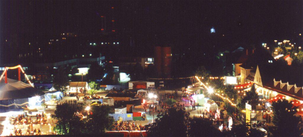 Feierwerk_Blog_Historie_FEST_festatmosphäre nachts 3