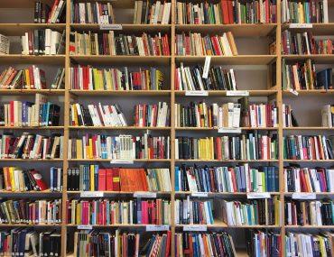 Feierwerk_Blog_Firm_Fachinformationsstelle_Rechtsextremismus_Bibliothek (5)