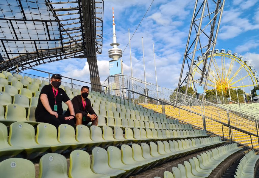 Feierwerk_Sommerbühne_Stadion_Olympiapark_Live_Konzerte_Corona_Katzenclub 2_credits_Natti_Sukkhiao