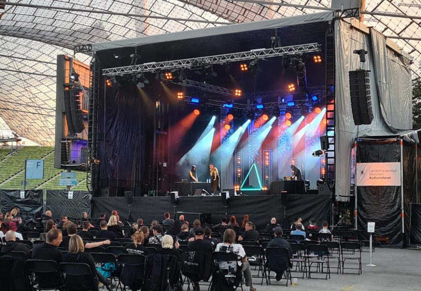 Feierwerk_Sommerbühne_Stadion_Olympiapark_Live_Konzerte_Corona_Rue Oberkampf 1_credits_Natti_Sukkhiao