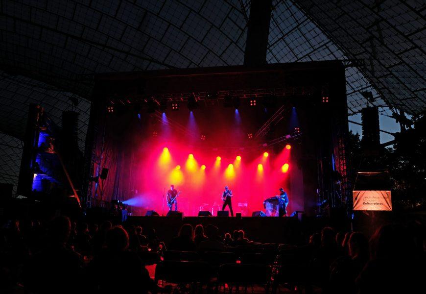 Feierwerk_auf_der_Sommerbühne_im_Stadion_22082020_Live_Konzerte_Corona_copyright_Teresa_Konrad (17)