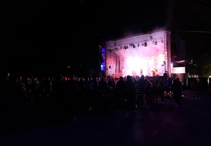 Feierwerk_auf_der_Sommerbühne_im_Stadion_22082020_Live_Konzerte_Corona_copyright_Teresa_Konrad (63)