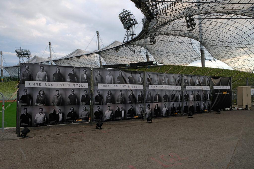 Feierwerk_auf_der_Sommerbühne_im_Stadion_22082020_Live_Konzerte_Corona_copyright_Teresa_Konrad (7)