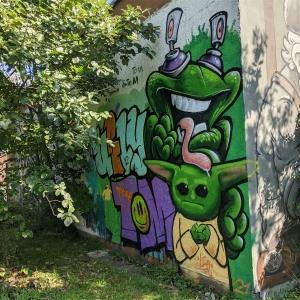 Feierwerk_Farbenladen_Beastiestylez-&-Friends_Graffiti_I are ugly_credit_Louisa-Lenz