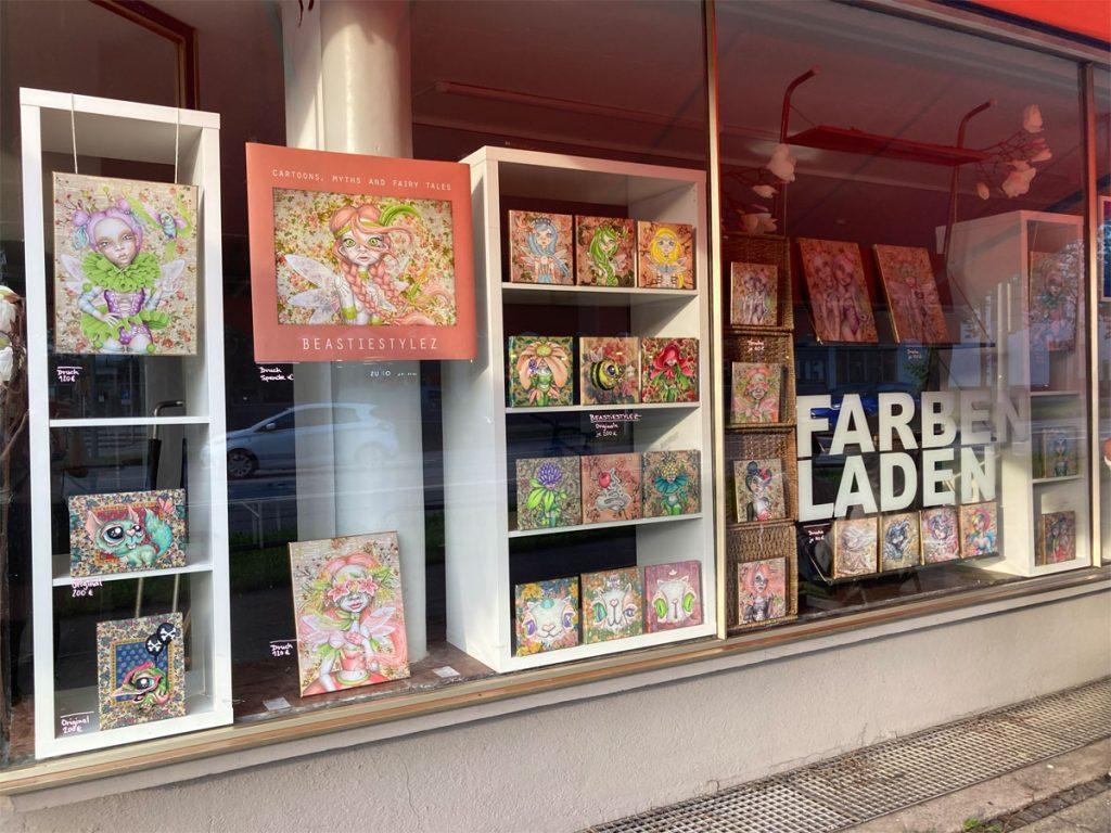 Feierwerk_Farbenladen_Beastiestylez-&-Friends_Schaufenster_credit_Louisa-Lenz-(1)