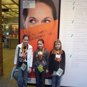 Feierwerk_Südpolstation_Kinder-Jugendradio_Südpolshow_Radiokind_Ronja_bei_Isabel_Abedi (2)